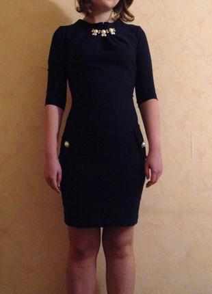 Классическое темно-синее платье