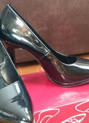 Лаковані туфлі taccardi