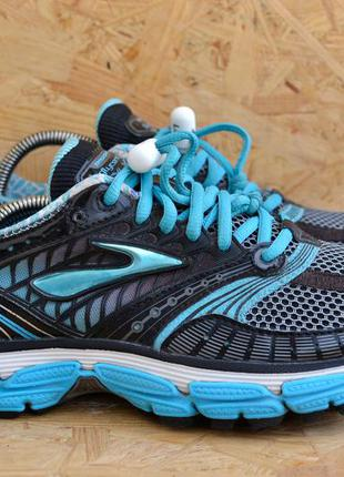 Кроссовки для бега brooks