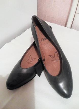 Кожаные туфли,классика.,,caprice,,.германия. размер 37