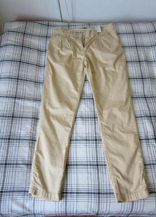 Бежевые джинсы h&m
