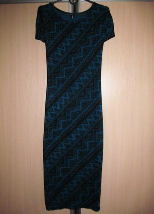 Акция до 01.05, скидки до 50% черно-синее платье-майка миди орнамент принт
