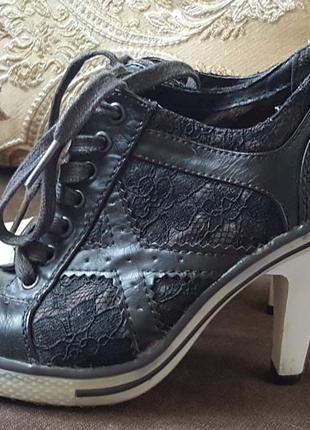 Немецкие,оригинальные туфли graceland