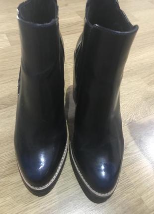 Ботинки суперский толстый каблук