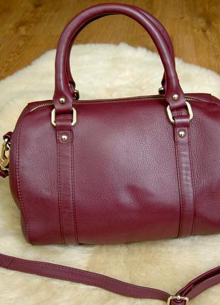 Кожаная сумка цвет марсала от marks & spenser