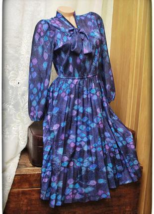 Красивейшее платье в стиле ретро,низ-плиссе,р.m-l