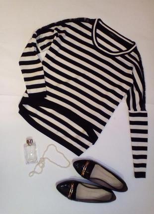 Стильный полосатый свитшот, реглан с кружывными вставками на рукавах и длинной спинкой