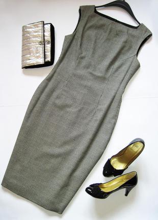 Платье-футляр из тонкой шерсти