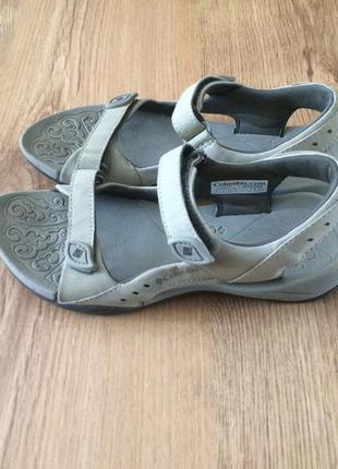 Классные сандали босоножки columbia