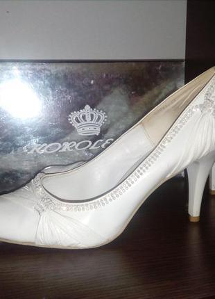 Удобные свадебные туфли 40 р koroleva
