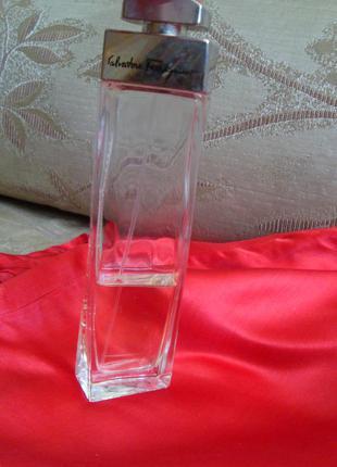 Salvatore ferragamo pour femme eau de parfum оригинал италия остаток 48
