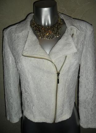 Нарядный белый гипюровый пиджак жакет zebra xs-s zara