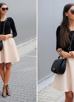 Фактурная юбка трапецией пудрово-серые цветы (размер s/m)