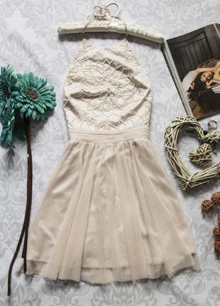 Очень красивое платье lipsy