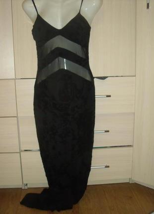 Шикарное платье в бельевом стиле с прозрачной вставкой lipsy