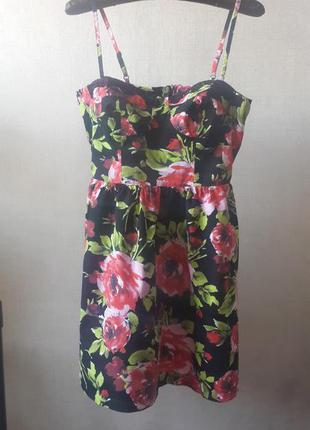 Много стильных вещей. классное платье.