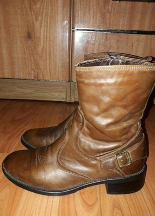 Кожаные ботинки р. 39