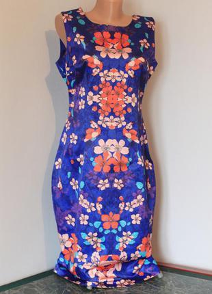 Эффектное платье-футляр warehouse