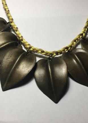 Ожерелье , украшение , аксессуар с медными листьями  stradivarius