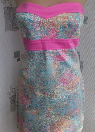 Очень красивое и очень оригинальное платье ginatricot