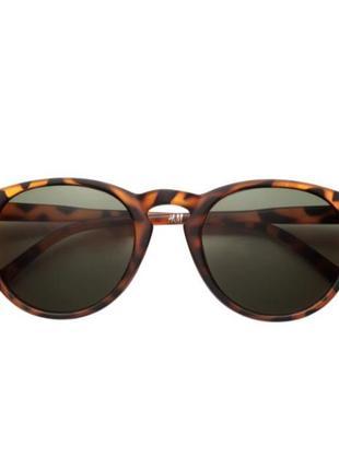 Очки h&m солнцезащитные, лео, новые с бирками