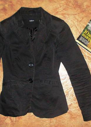 Стильный пиджак, размер xs.