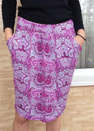 Розовая юбка с орнаментом с принтом sela / рожева спідниця з орнаментом