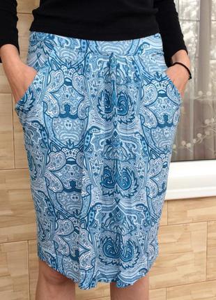Голубая юбка с принтом с орнаментом sela / блакитна спідниця з орнаментом з принтом