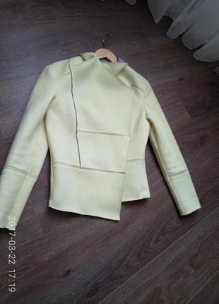 Нова стилтна куртка піджак. знижка!!!!