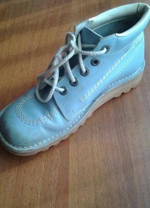 Кожаные ботинки kickers