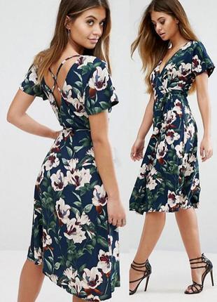 Платье asos с запахом и цветочным принтом