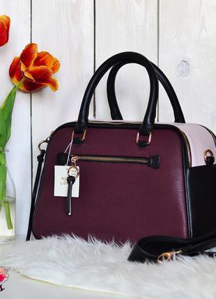 Эффектная сумка марсала цвета