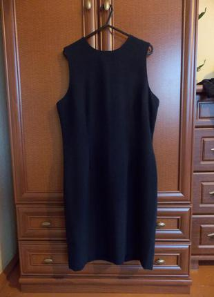 Платье чёрное по фигуре warehouse