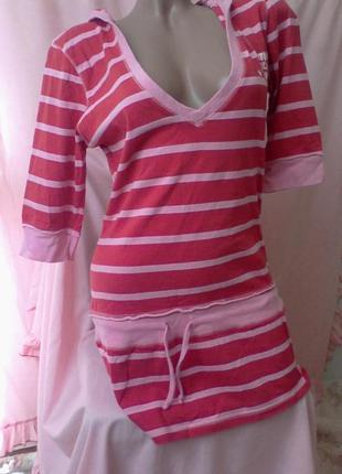 Трикотажная туника платье  капюшоном atosphere