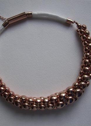 Колье ожерелье бусины