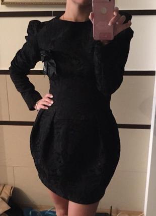 Продам чёрное платье guzia