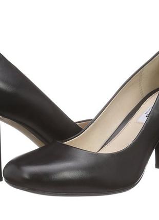 Классические кожаные туфли на устойчивом каблуке clarks narrative, eur 39, идут 38-38,5
