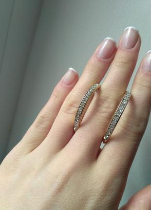 Продам женские серьги кольца