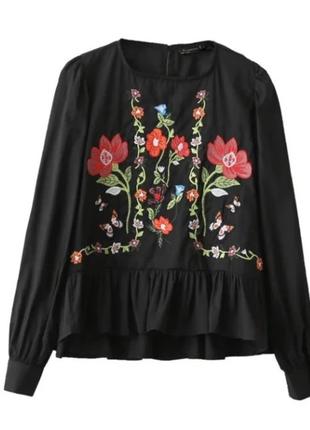 Чёрная трендовая блуза с вышивкой zara 2017