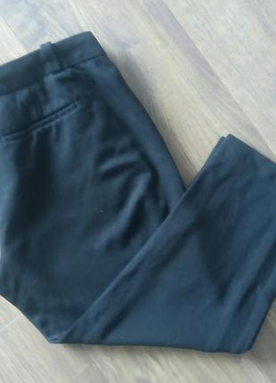 Чорні фірмові трикотажні укорочені брюки (loft)
