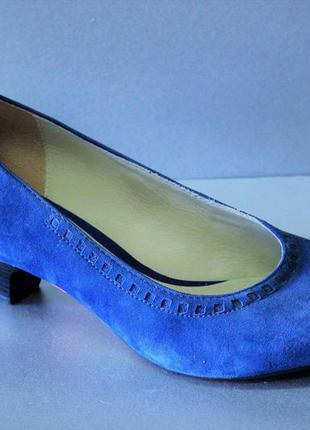 Продам туфли clarks 37,5, 38, 40 размера
