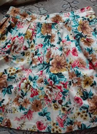 Юбка в цветок, с карманами