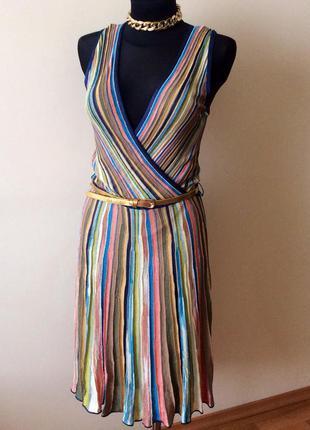 Стильное красивое платье оригинал 100% италия