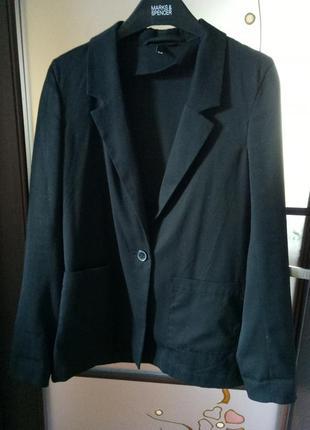 Пиджак ровный не приталенный