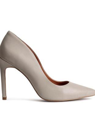 Кожаные туфли-лодочки h&m по цене распродажи, 38р.