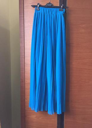 Синяя длинная юбка