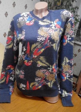 Стильный  свитшот свитер