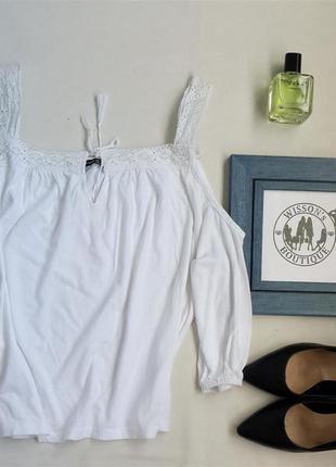 Блуза з відкритими плечима від atmosphere