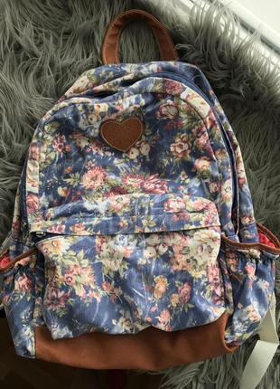 Класний рюкзак !