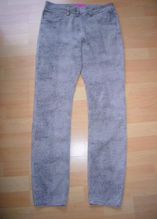 Модные брюки скини р.12